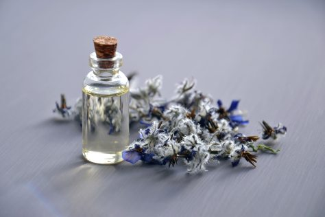 aromatherapy-aromatic-bottle-close-up-cologne-colors-1553447-pxhere.com